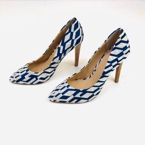 Joe's Jeans Erika II Navy Blue & White Pump 5.5